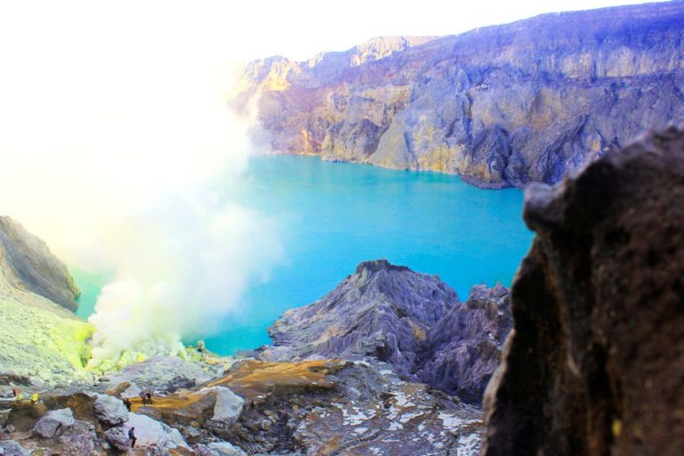 Bromo Volcano and Ijen Plateau Adventure – 3 Days-02