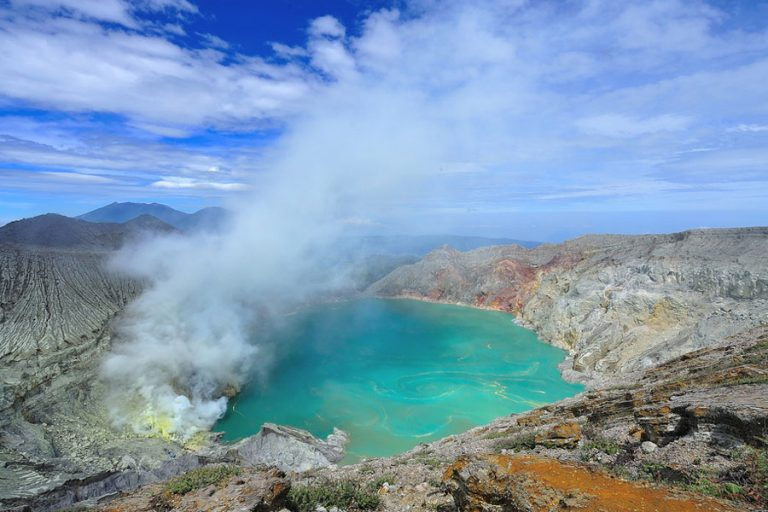 Bromo Volcano and Ijen Plateau Adventure – 3 Days-03