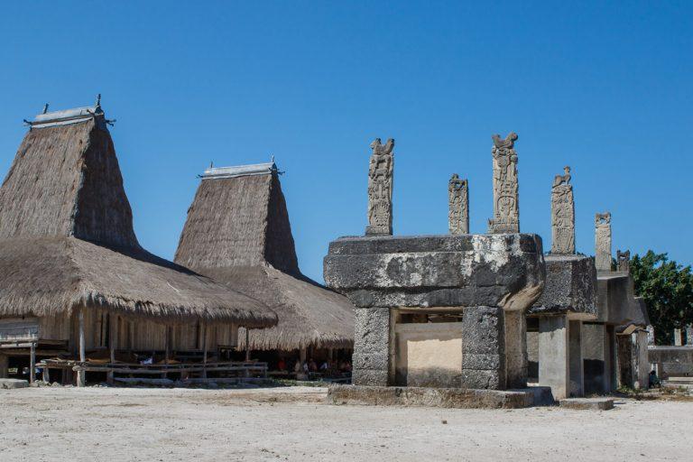 Discover Sumba Island – 4 Days-02
