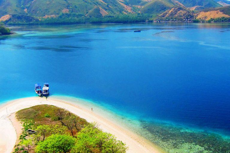 Flores Komodo Sumbawa Overland Tour – 12 Days-01