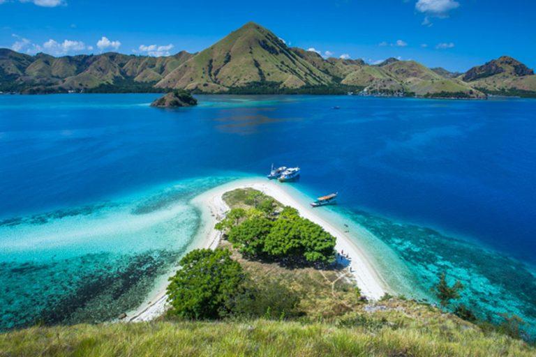 Labuan Bajo Kelimutu Lake Phinisi Cruise – 7 Days-03