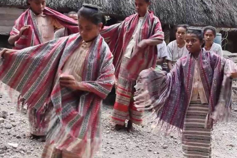 West Timor and Boti Traditional Village Tour – 4 Days-05