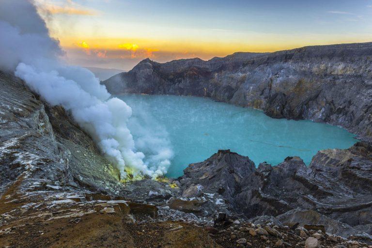 Amazing Java Bali Overland – 12 Days-01