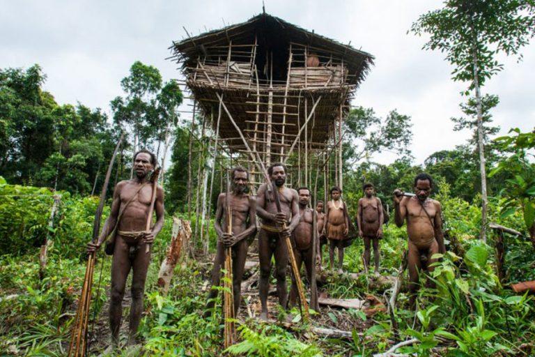 Explore Papua Korowai Wamena – 10 Days-02