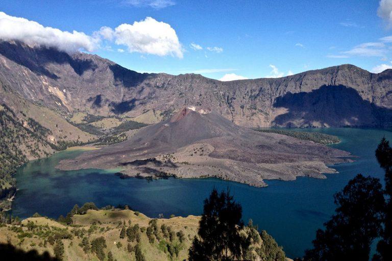 Mount Rinjani Summit Trekking Tour (Summit – Lake) – 3 Days-02