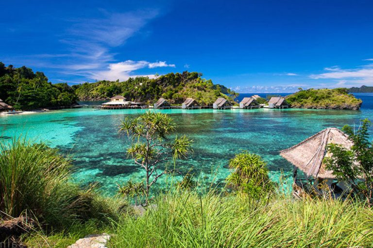 Raja Ampat Islands Leisure Expedition – 10 Days-02