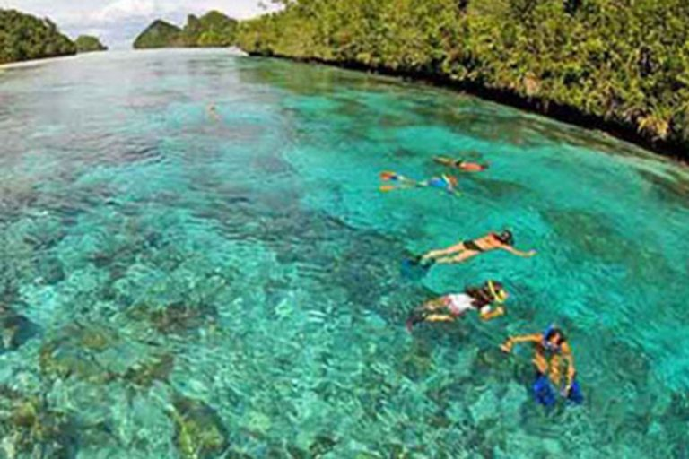 Raja Ampat Islands Leisure Expedition – 10 Days-03
