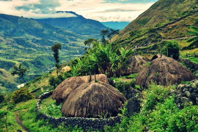 Baliem Valley Indonesia - Baliem Valley, Wamena, Western New Guinea, Indonesia