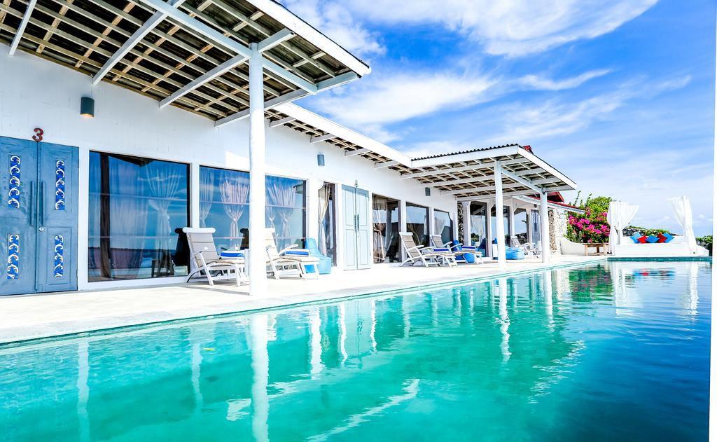 Amatoa Pool