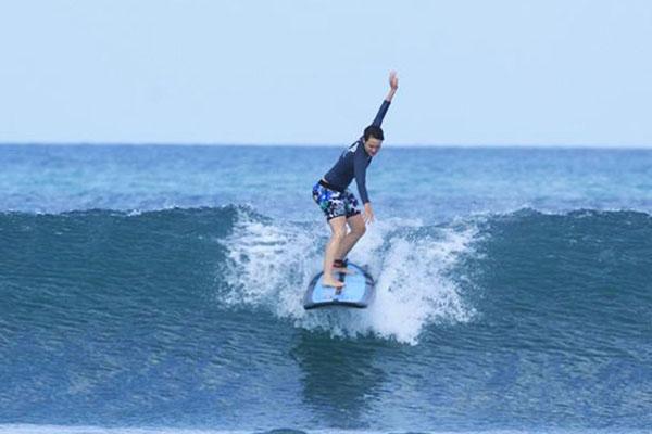Bali Surf School in Legian Beach-04