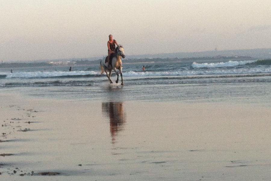 Horse Ride on Seminyak Beach Bali-01