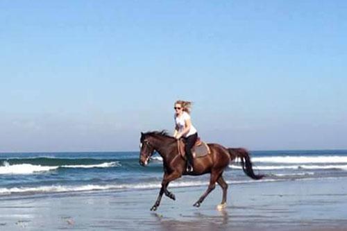 Horse Ride on Seminyak Beach Bali-02