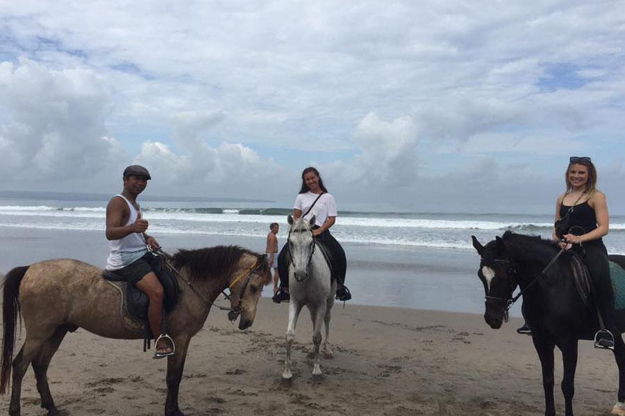 Horse Ride on Seminyak Beach Bali-10