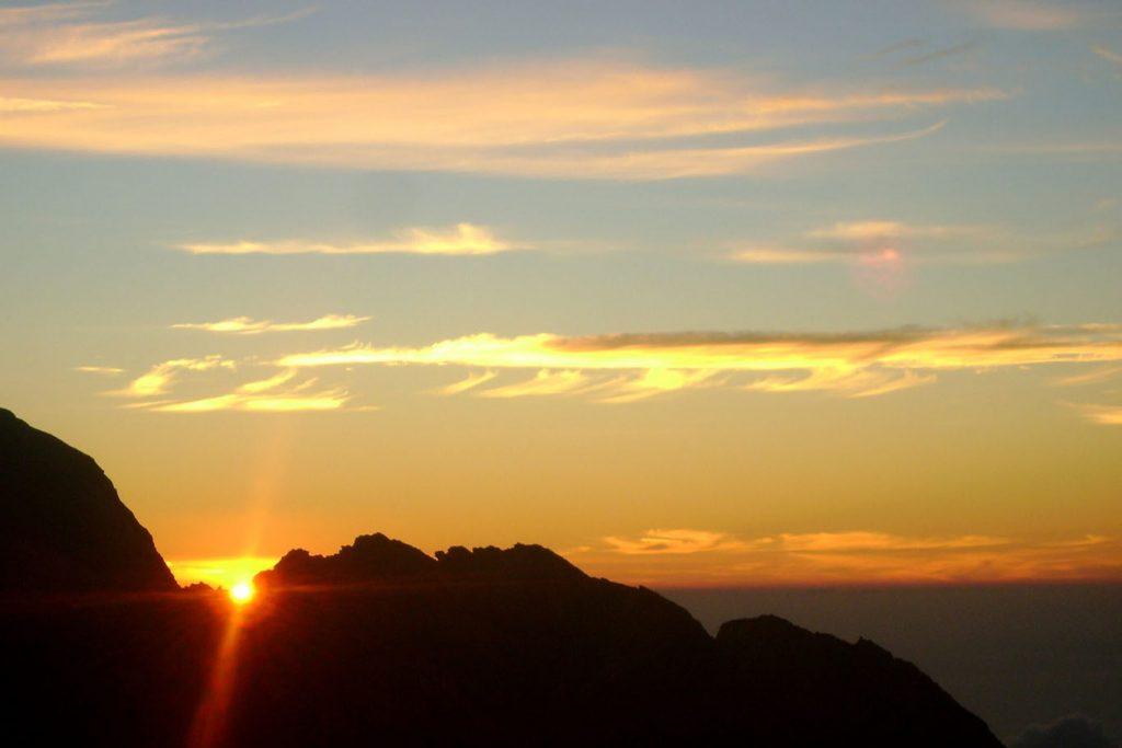 Mount Agung Summit Sunrise Tour-04