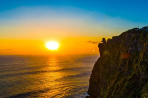 Uluwatu Temple Sunset Tour with BBQ Seafood dinner-02